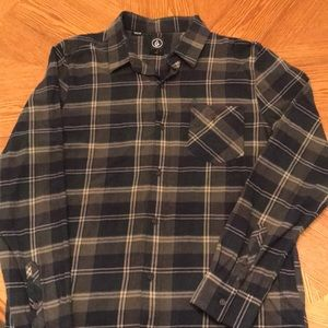 Men's Volcom flannel (Large)